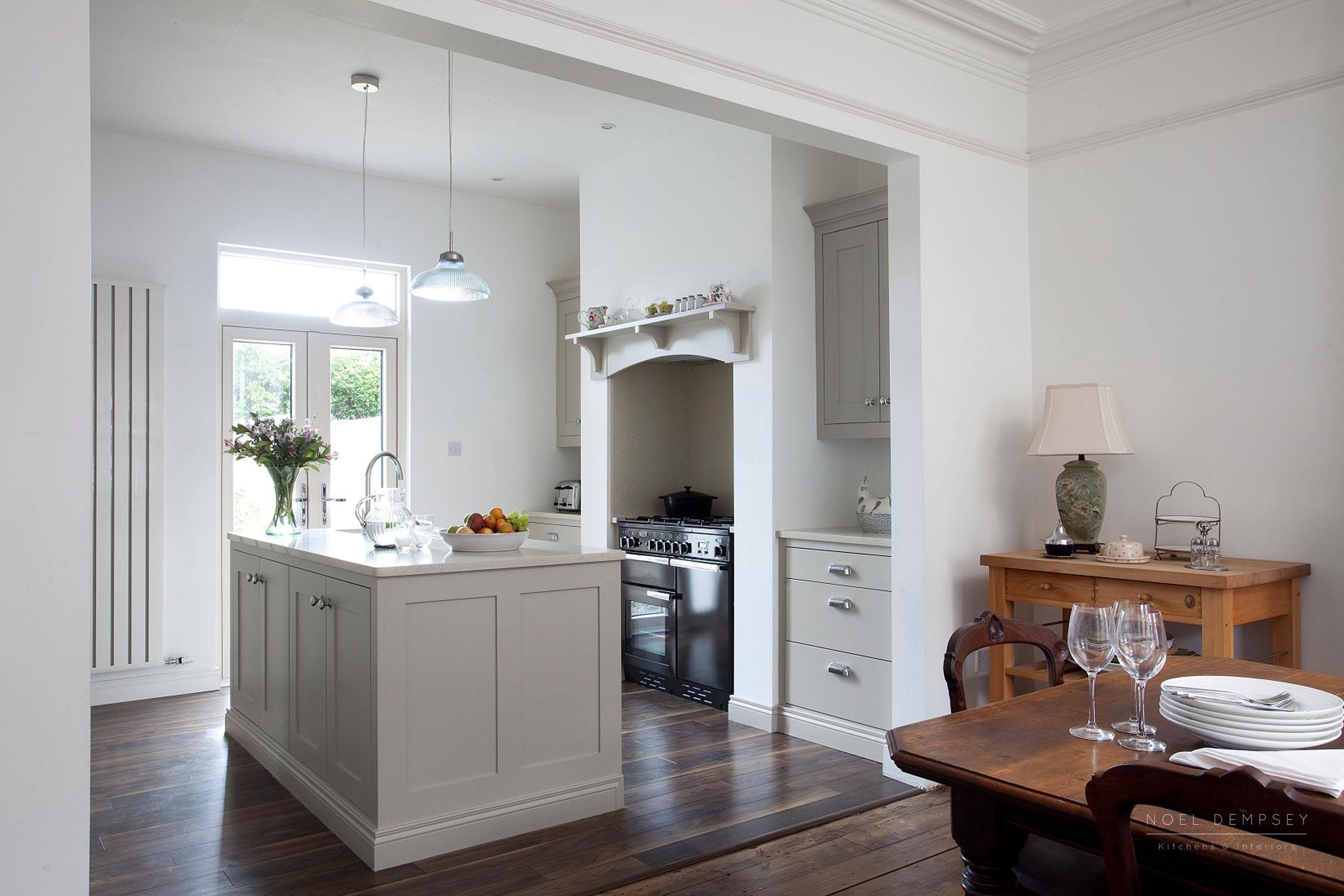 Hannaville-Plain-English-Painted-Kitchens-Dublin-1.jpg