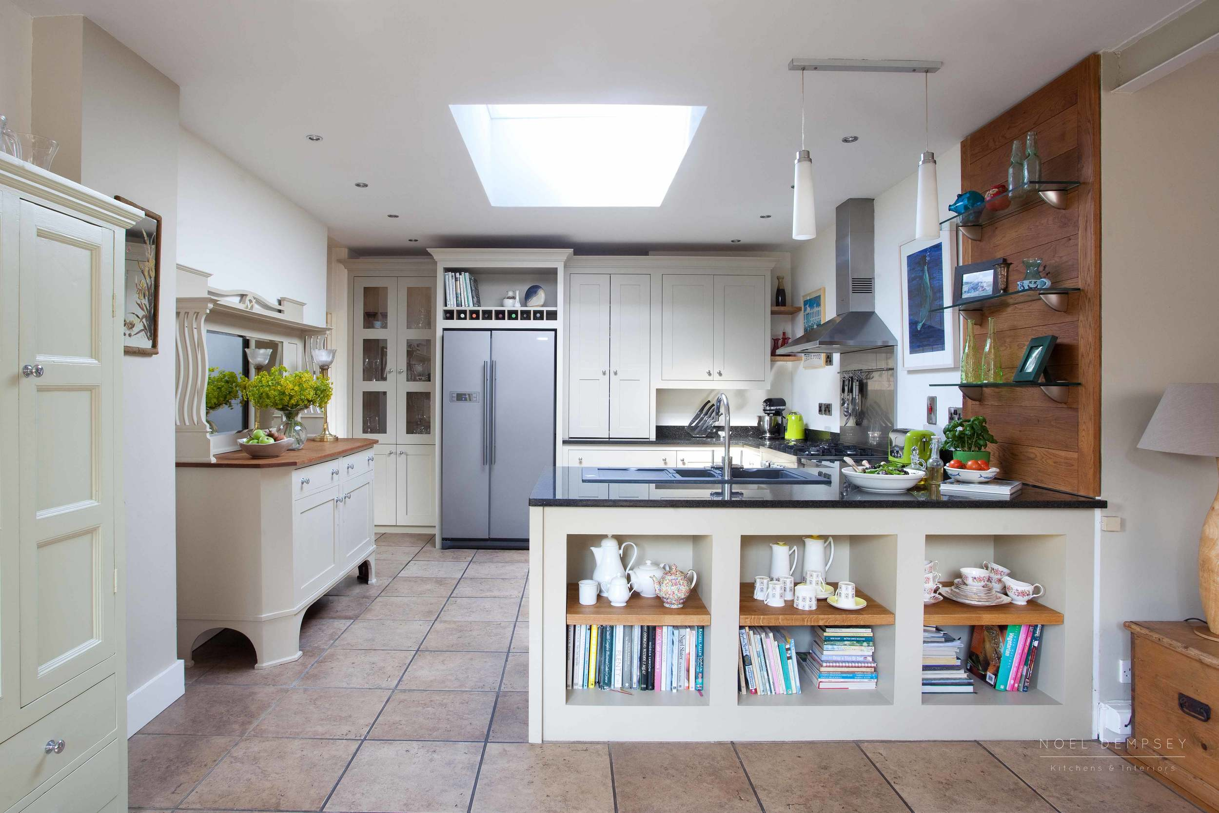 Bellvue-Hand-Painted-Kitchen-1.jpg