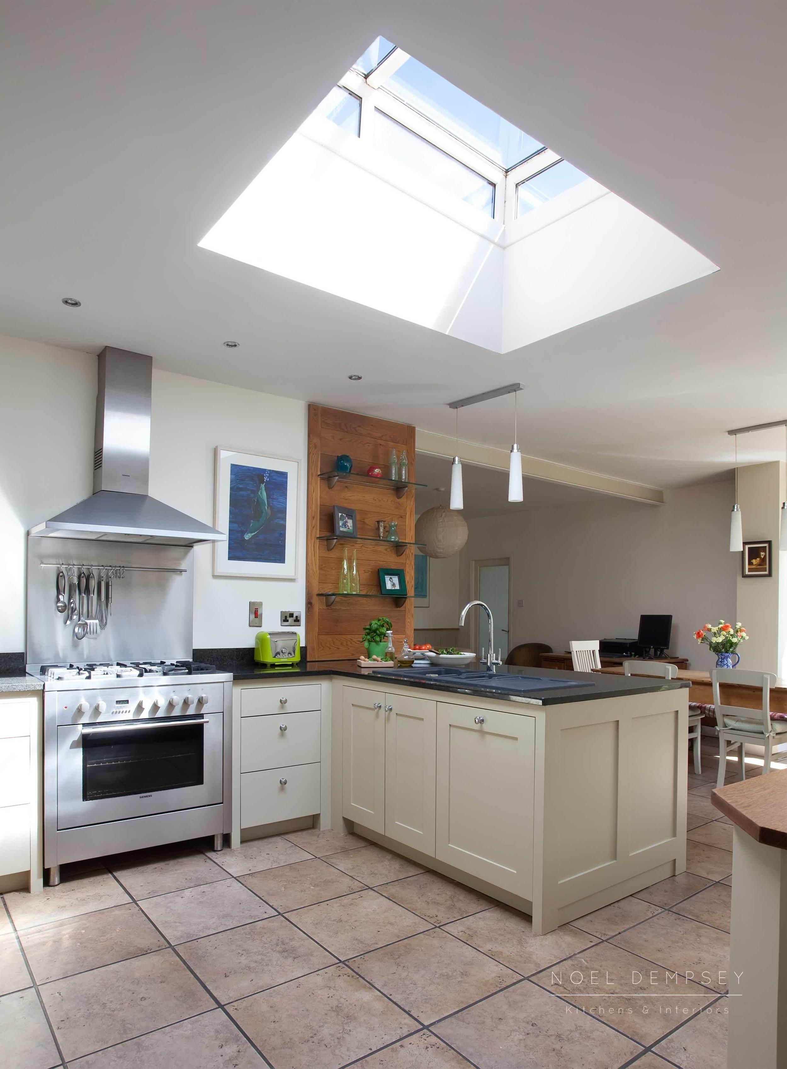 Bellvue-Hand-Painted-Kitchen-3.jpg