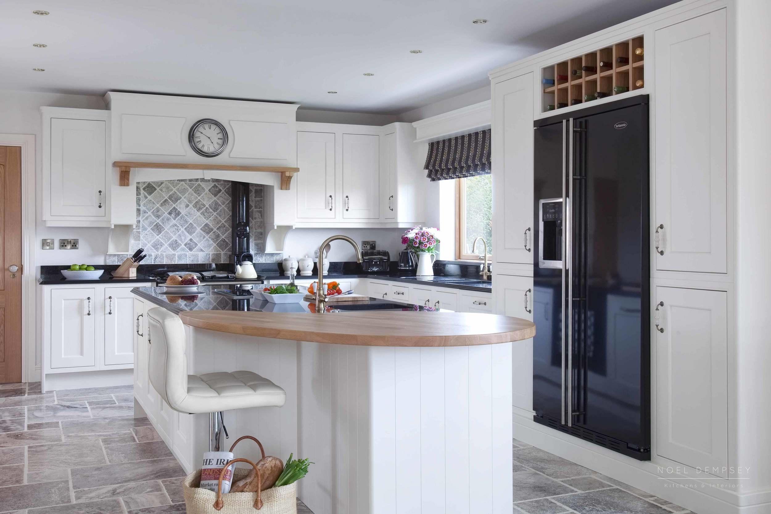 Fox-lane-inframe-hand-painted-kitchens-1.jpg