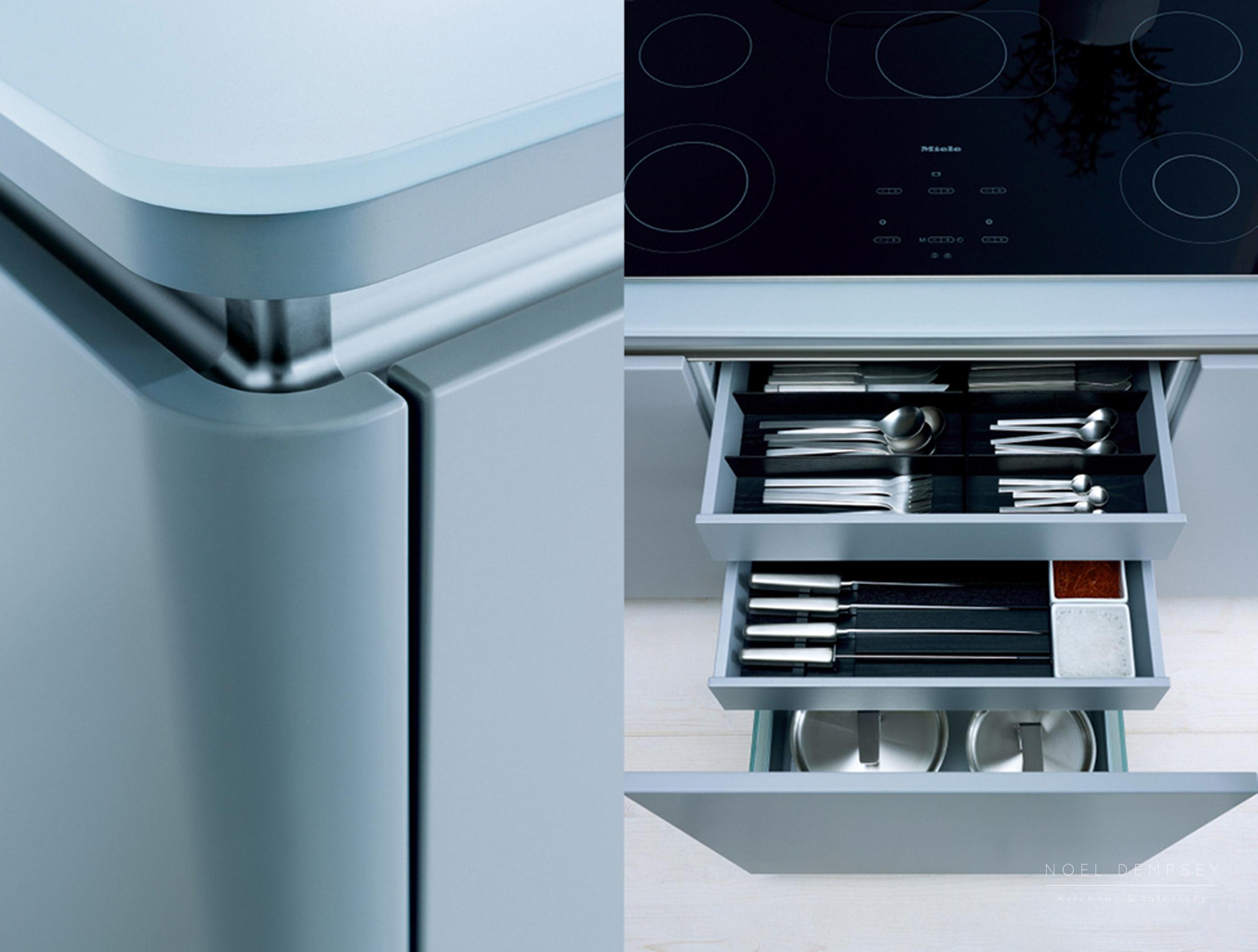 NX502-Stone-Grey-Kitchen-4.jpg