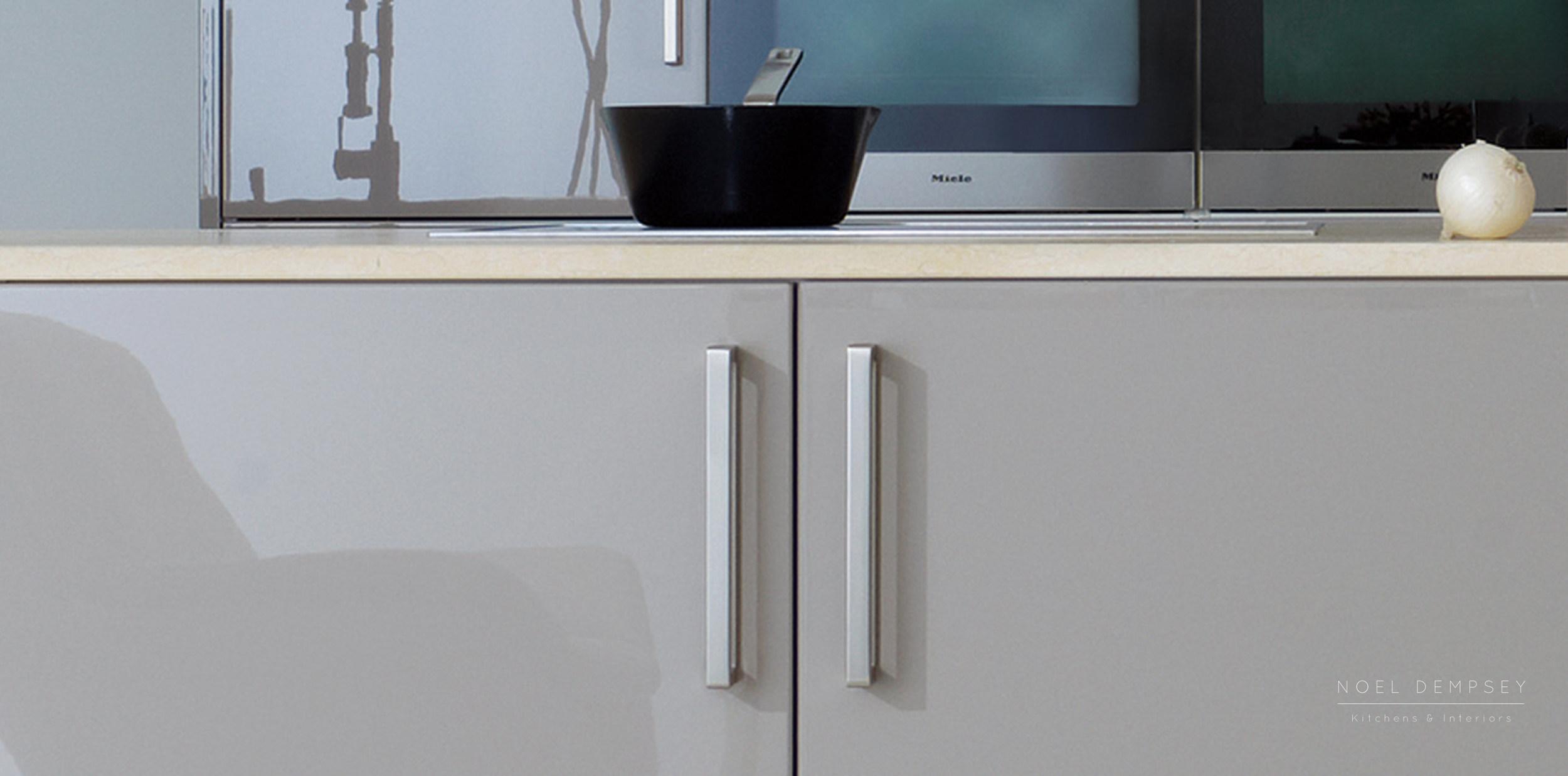 NX501-Truffle-High-Gloss-German-Kitchen-3.jpg