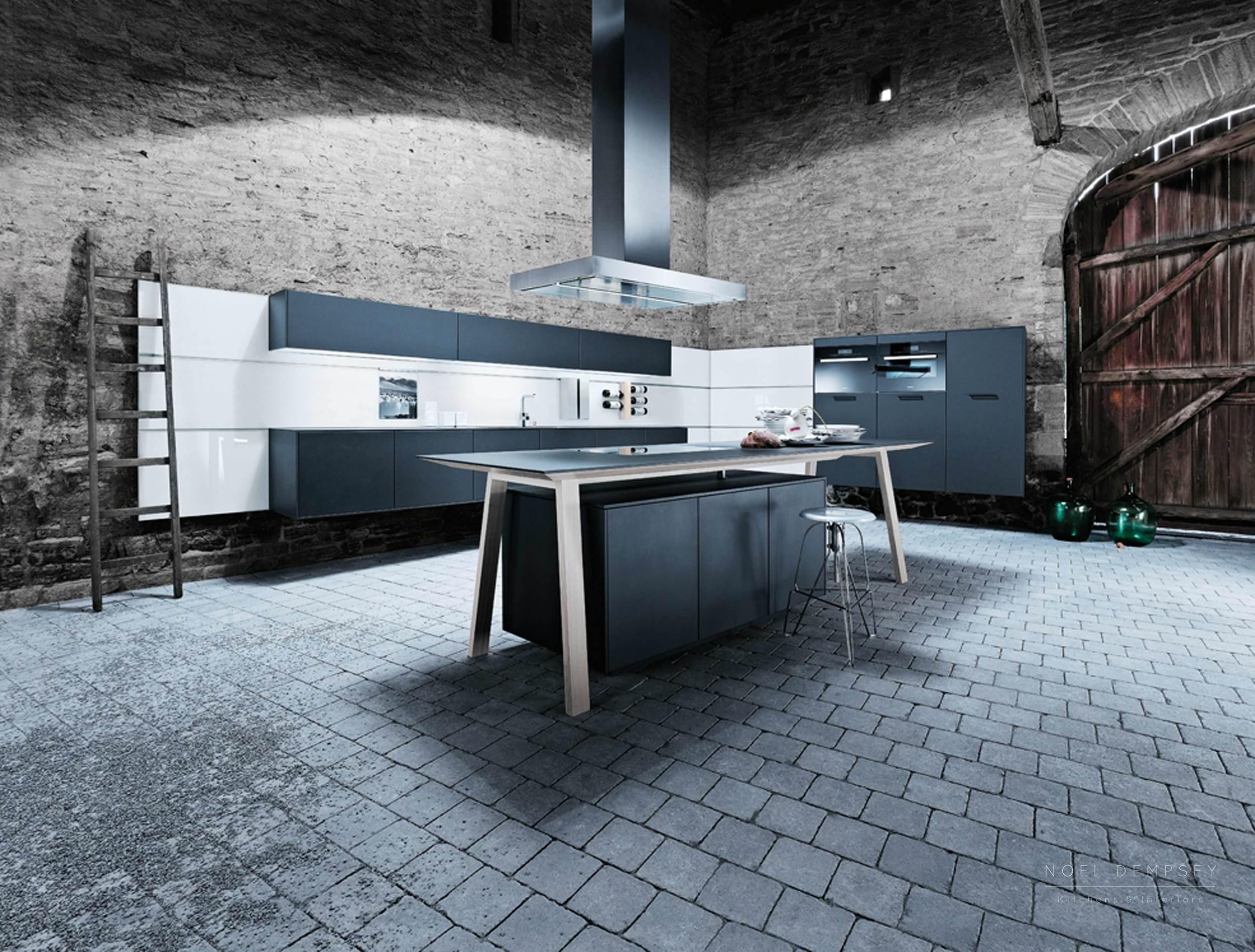 NX500-Satin-Lava-Black-German-Kitchen-1.jpg