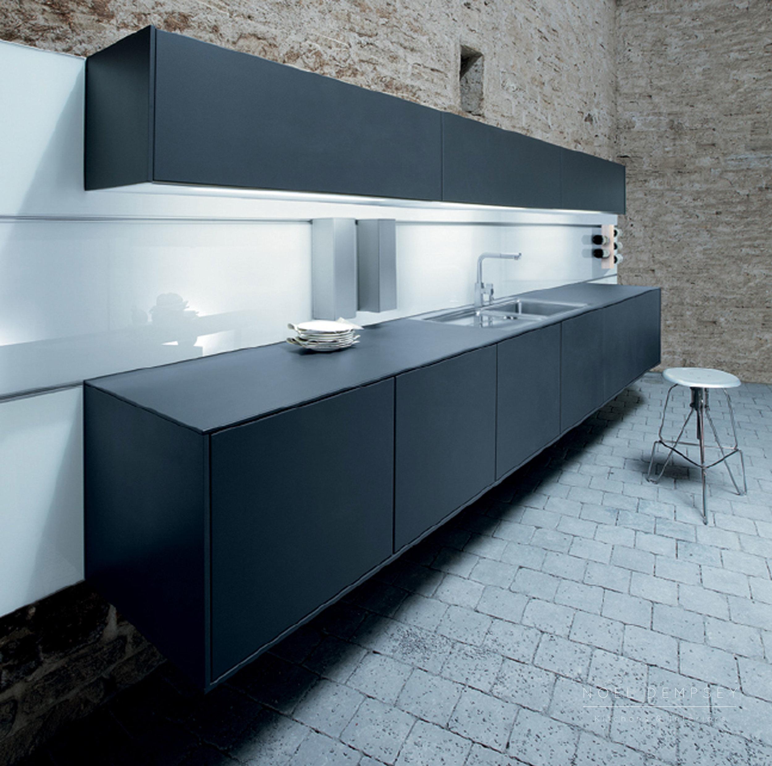 NX500-Satin-Lava-Black-German-Kitchen-4.jpg