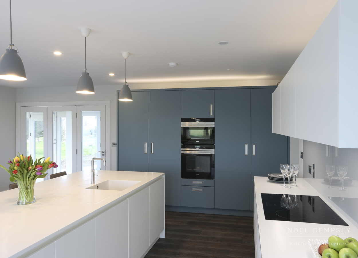 Strand-View-Modern-Kitchens-3.jpg