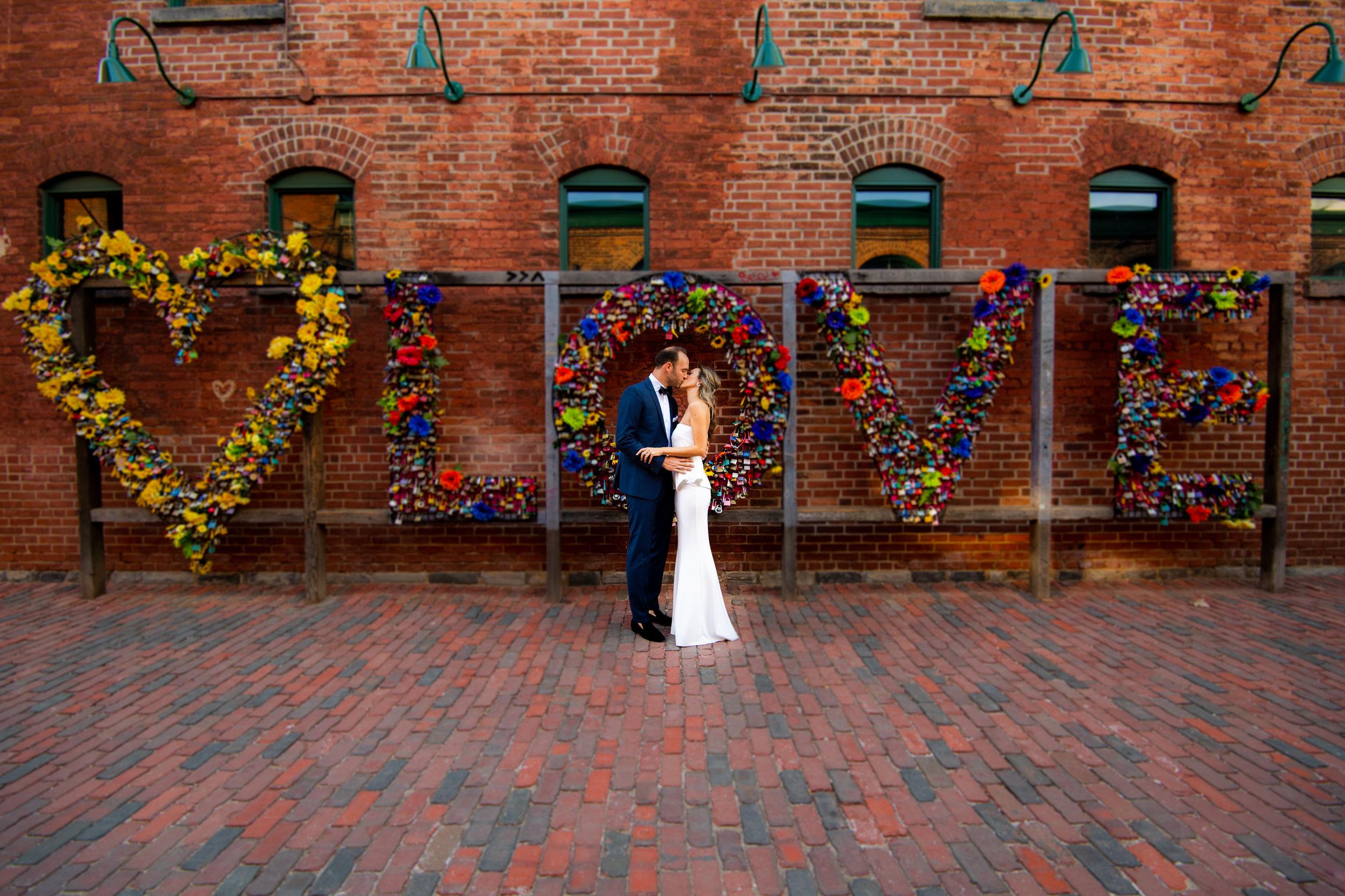 Click Above for Wedding & E-Shoot Samples