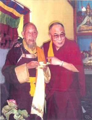 H.H. Dalai Lama visits Dorlop Kunzang Khedrub at Gonjang Monastery, India.