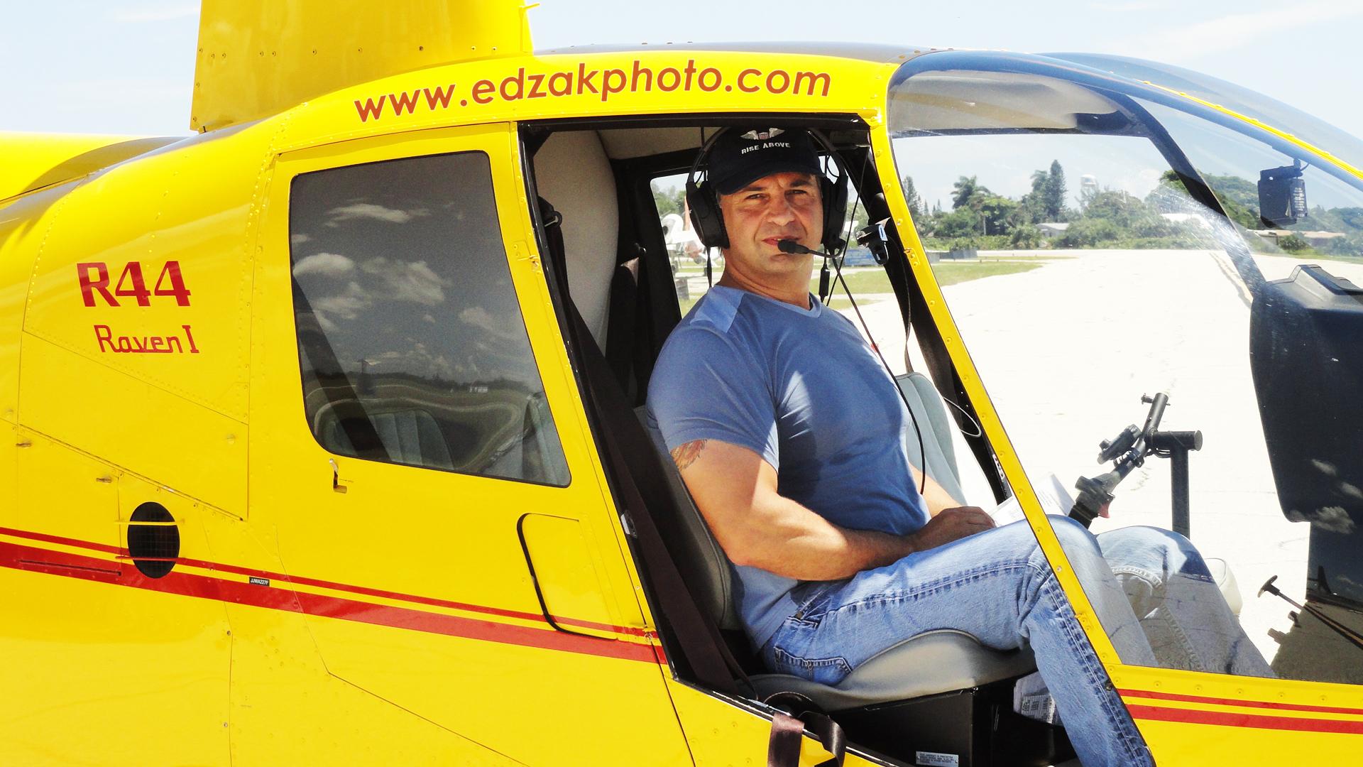 Piloting the Robinson R44 Raven I