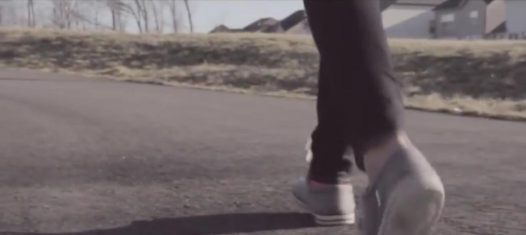Dexios feet walking.png