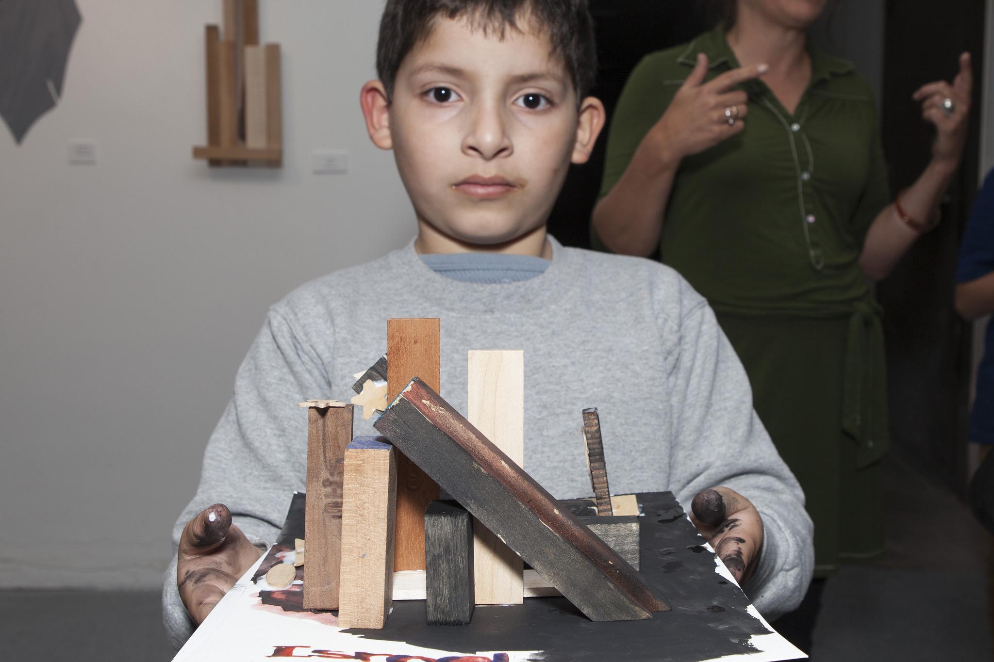 boy_sculpture.jpg