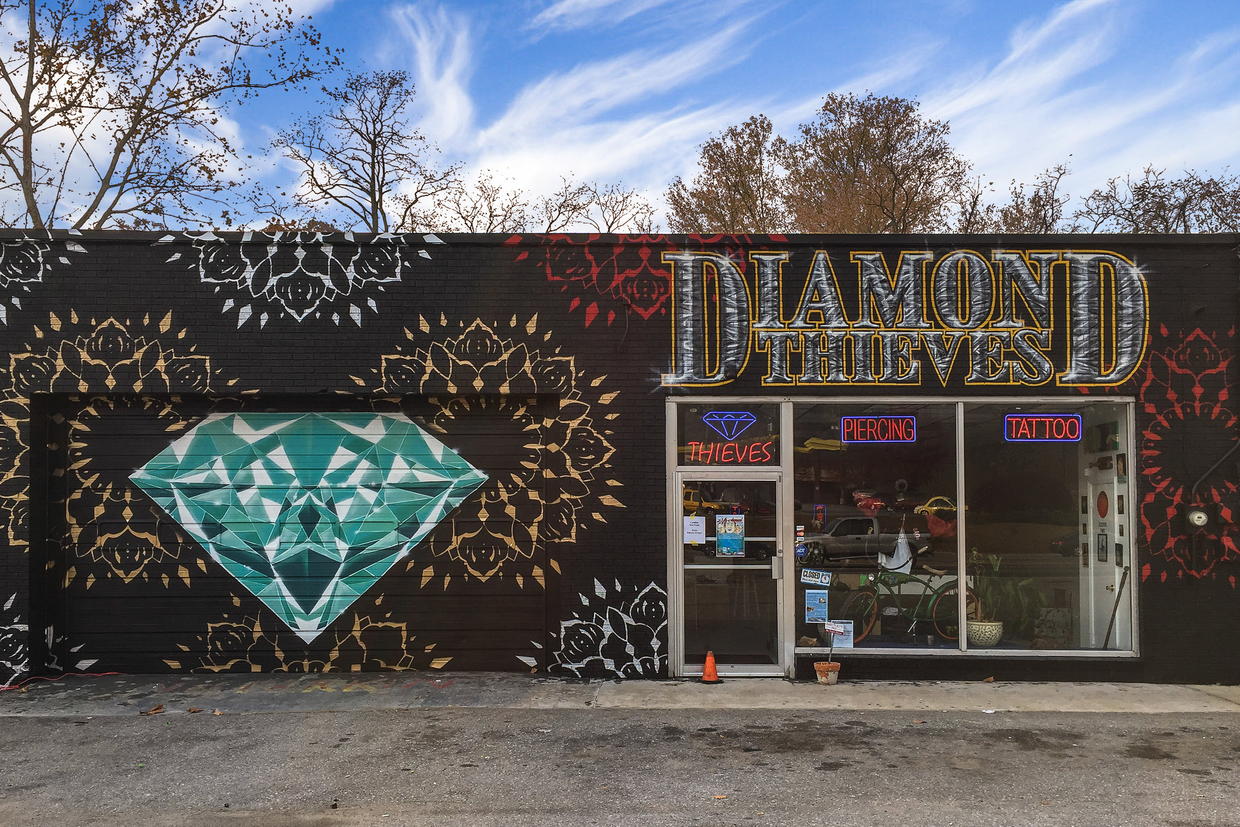 Diamond Thieves