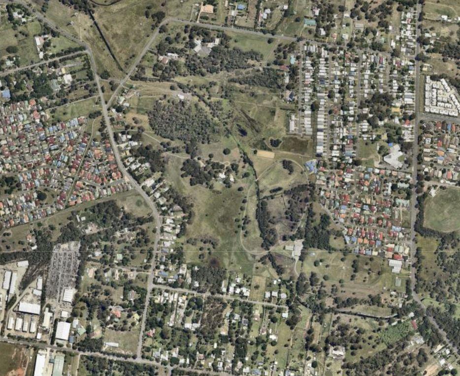 Aerial shot of Hemmant-Tingalpa Road (Source: nearmap)
