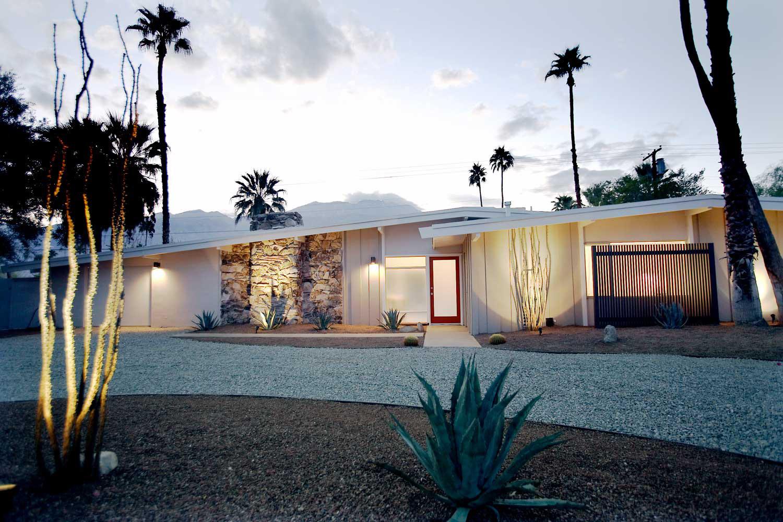 Maureen-Erbe-Design-Palm-Spring-Mid-Century-Sunmor-01.jpg