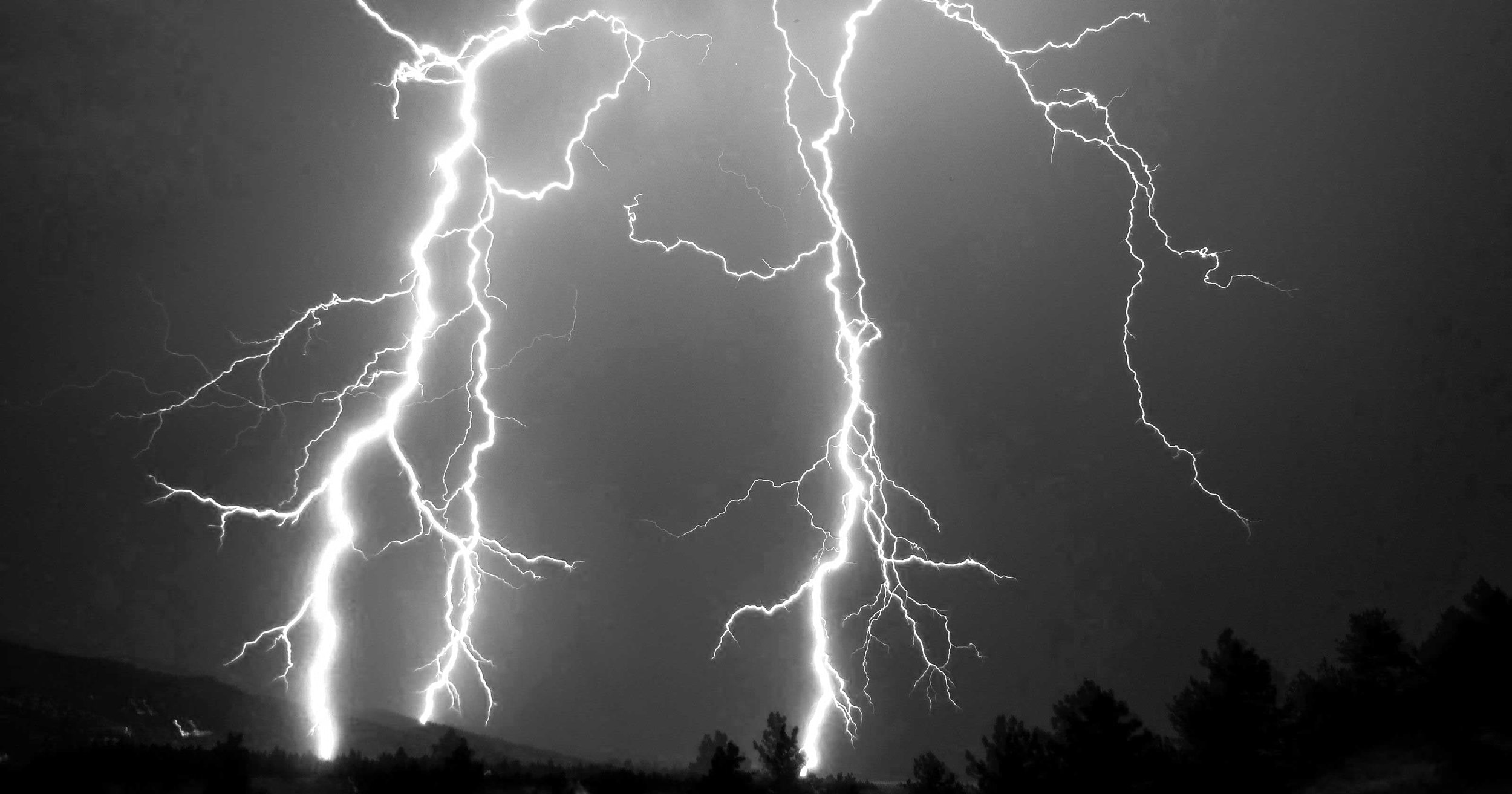1412368123000-Mesostorm-Lightning.jpg