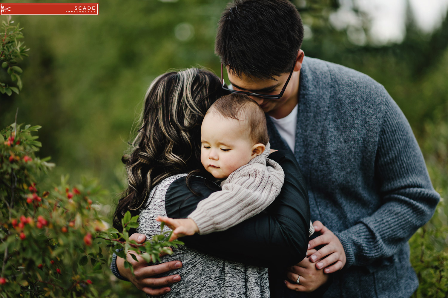 Edmonton Family and Engagement Session - Taylor and Natalia - 0004.JPG