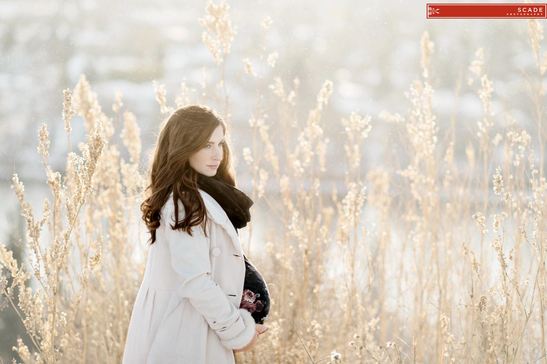 Winter Maternity photographers - 007.JPG