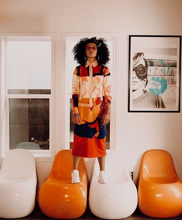 @sofia_wylie in baby bro dress 🥰 ・・・ It's like I've been awakened Every rule I had you break it It's the risk that I'm taking... 💋 @prettylittlething ⚫️ @zoechampionknitwear