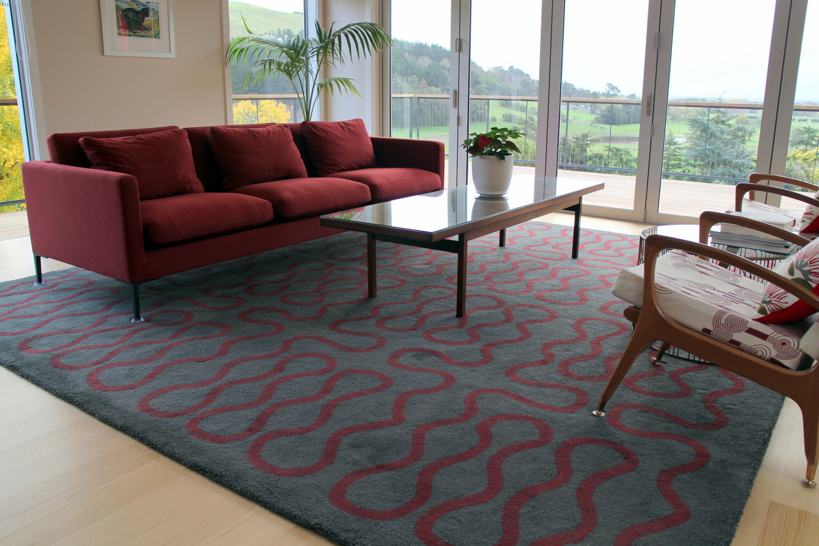 Infinity Rug in Grey & Red