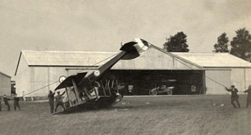 Archive image of Hangar 16M