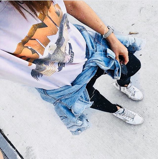 VINTAGE TEES 👌🏻#wardrobestaples #fashionblogger #fashionpost #instafashion weekend vibes by @jennaisaacman @goldengoosedeluxebrand