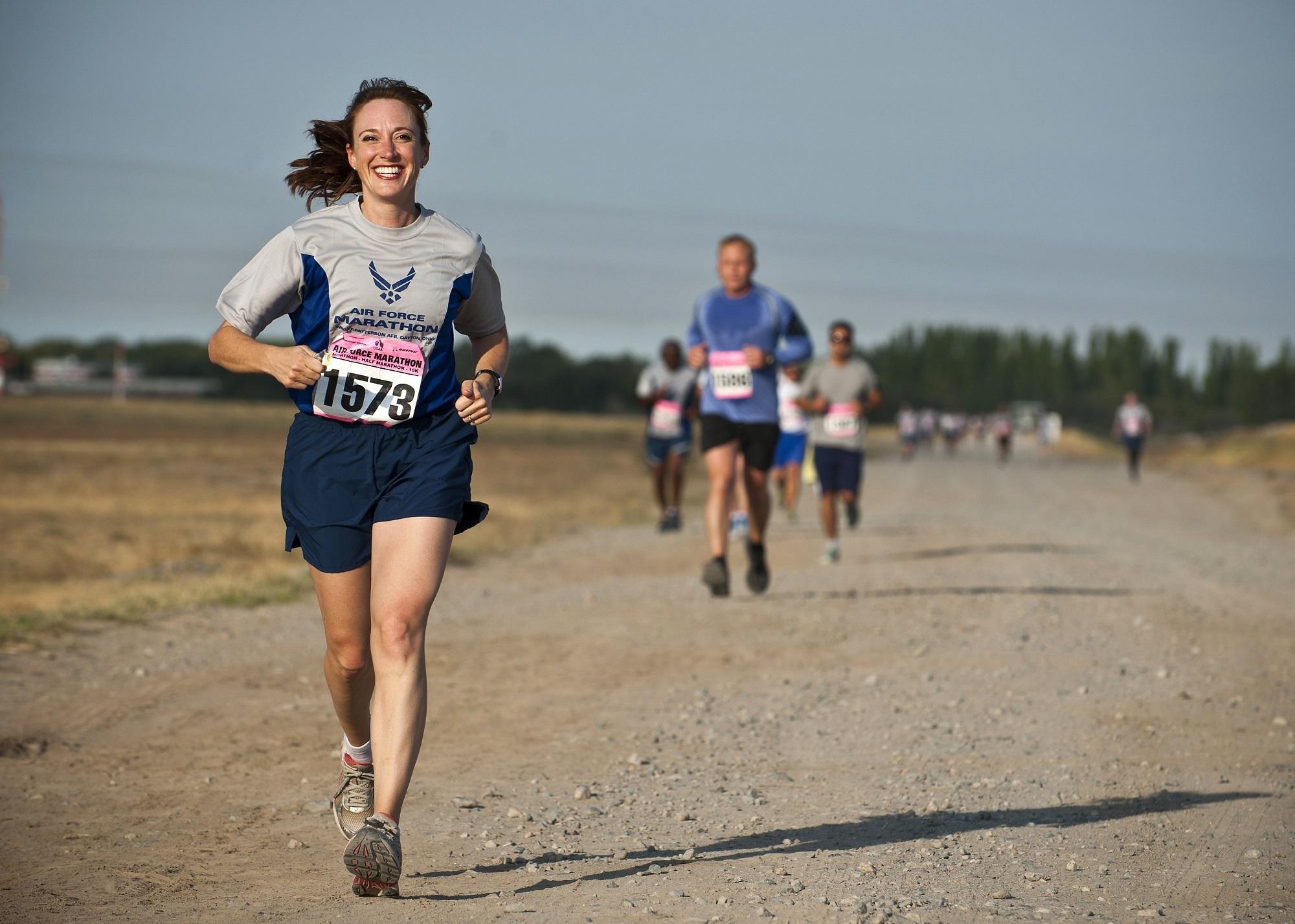 runner-888016.jpg