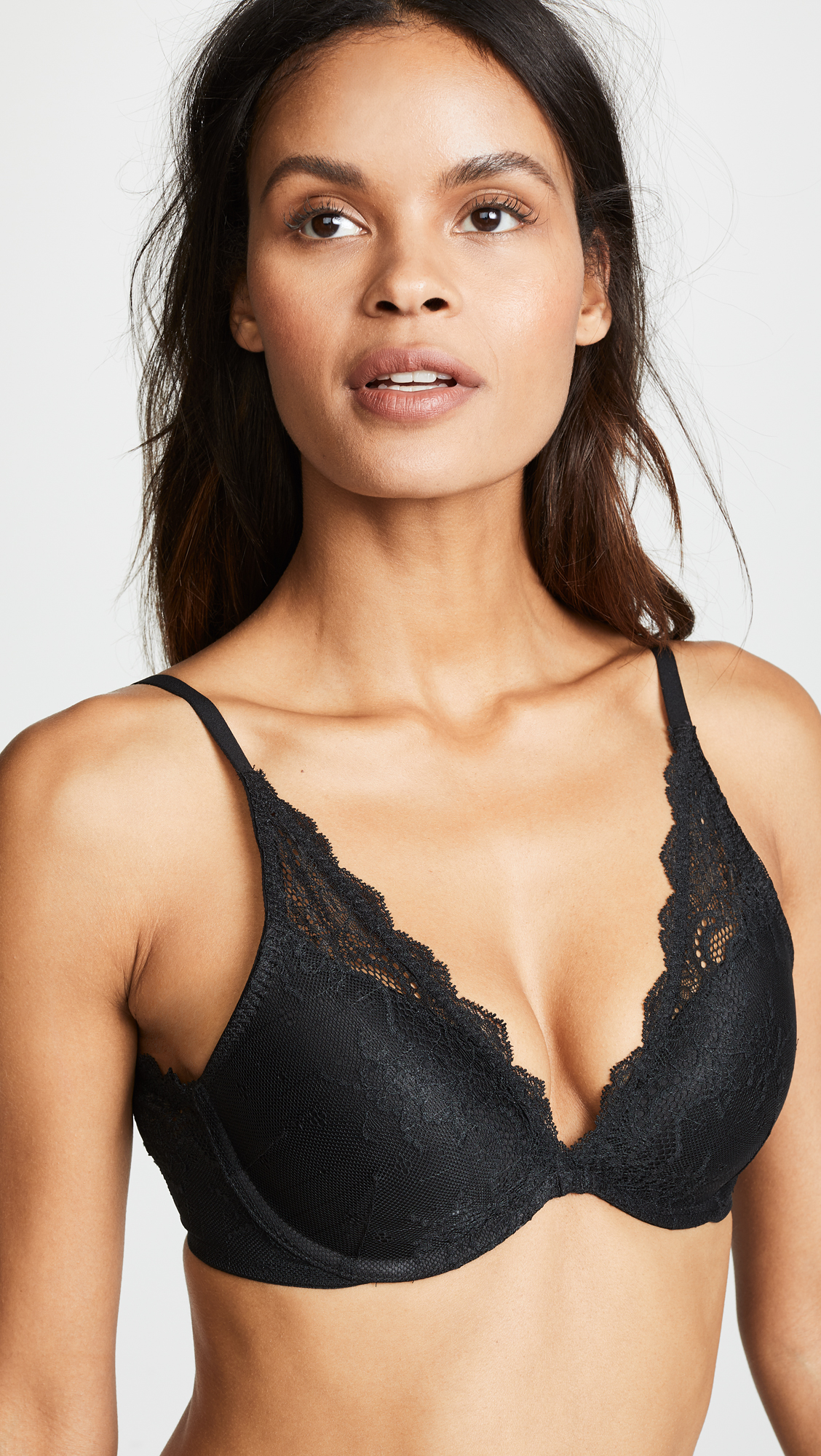 SPANX UNDIETECTABLE PUSH UP PLUNGE BRA $68