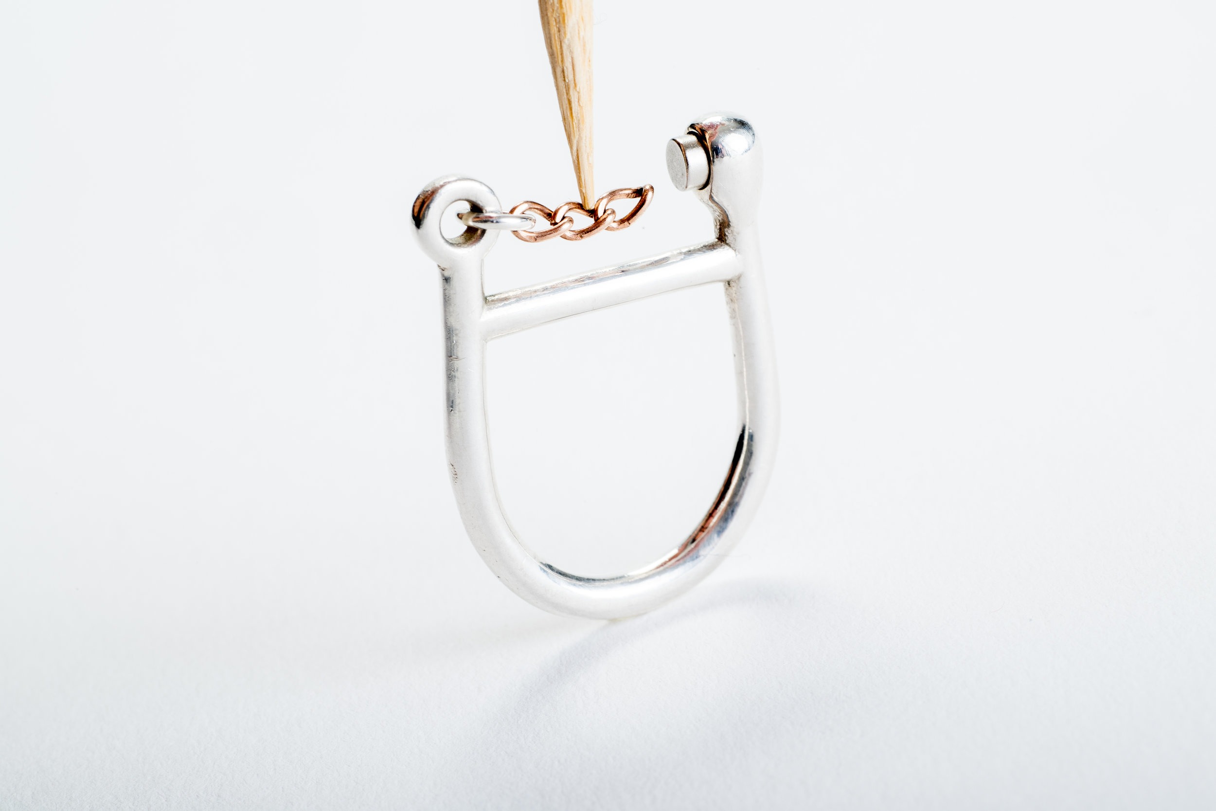 Wyna+One+Loop+Ring+Chain (1).jpg