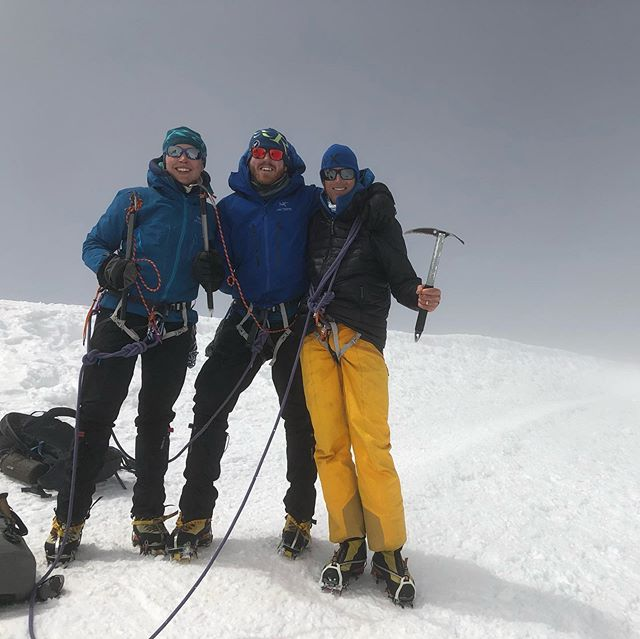 A cloudy ascent but amazing to be standing on the summit of the highest peak in Western Europe, Mt Blanc 4810m with Liz & Peter...congratulations... . . #antarcticlogistics  #brit_mtn_guides