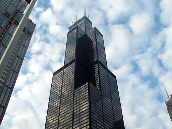 image source: https://secure.touchnet.com/C20090_ustores/web/images/store_8/sears-tower-green-wind-turbines-11.jpg