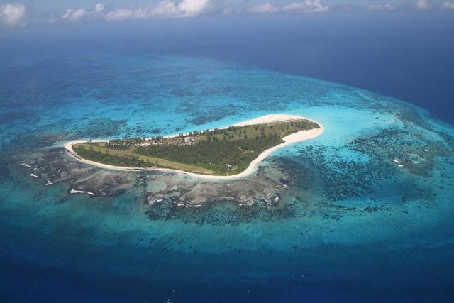 image via www.holidays-direct-seychelles.com