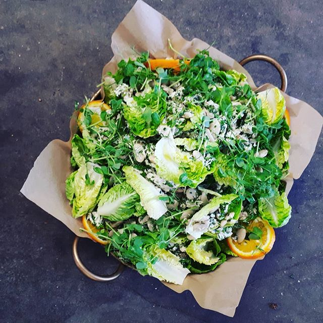Roasted chicken salad. Job done for the #malthousestroud #malthousecollective, based on a take from the #5dayplan by #rosemaryferguson #nomadafood & #balancedfood.