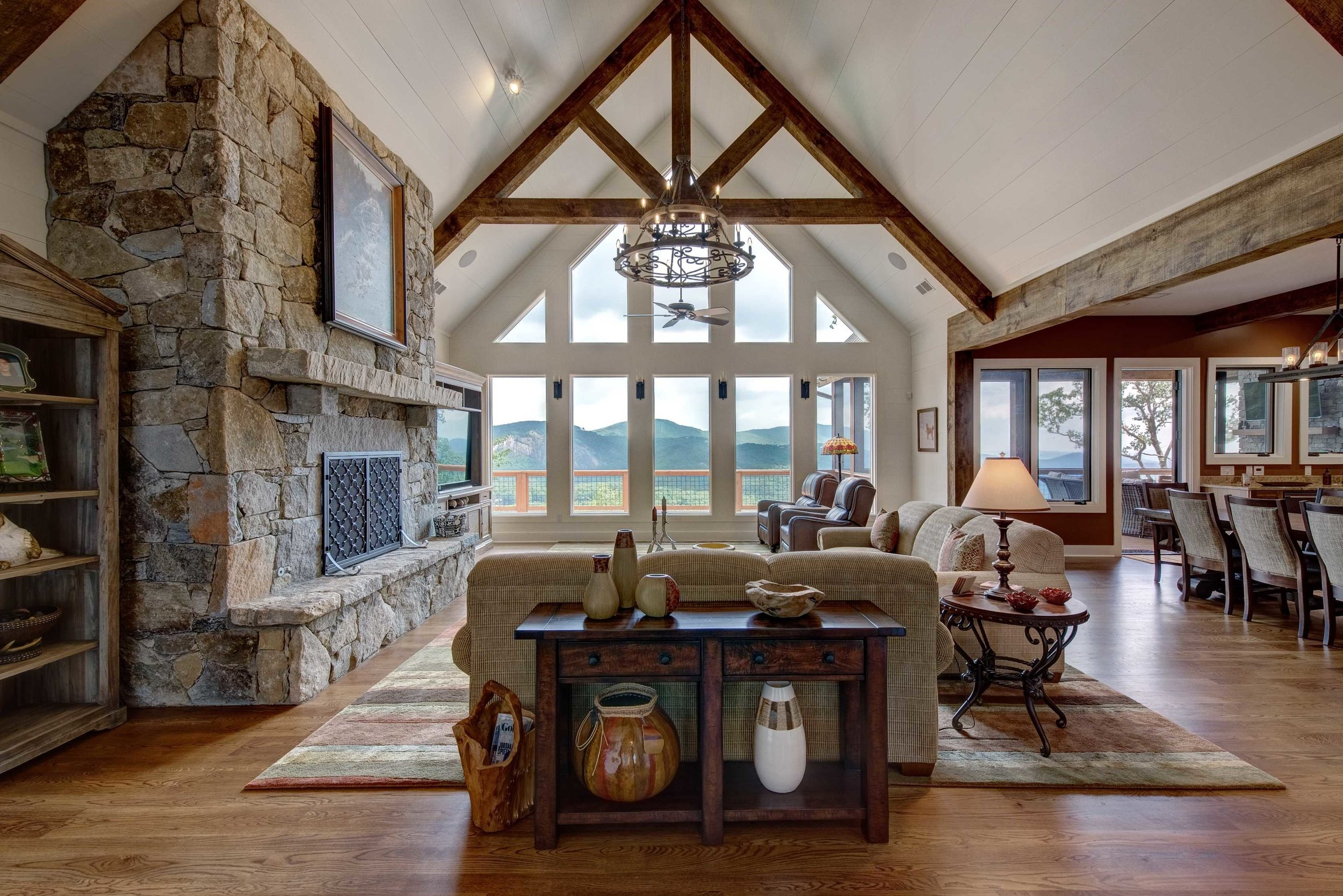 Click image to view home     The Summit Home