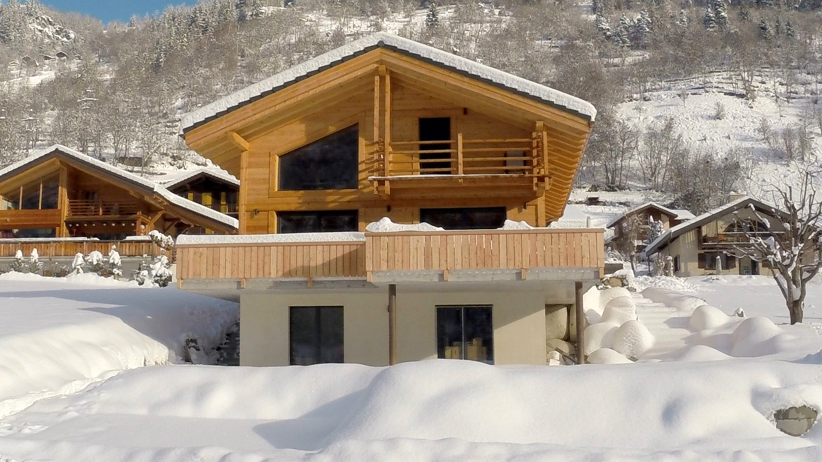 Swiss energy efficient chalet built in 2014