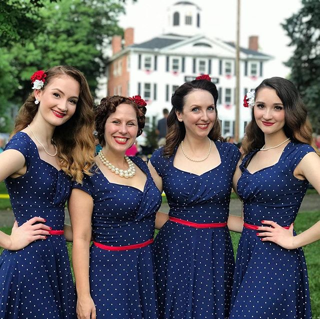 Happy Independence Day 🇺🇸🎉 from the Moon Maids!!! 🌙 📸 Richard Price photos/Grafton News  #independenceday #vintagevocals #vocalgroup #vocalharmony #moonmaids @dangabelmusic @annkelly322 @helena_greenslit_ @em_greenslit_ @_sarahcallinan_  #1940s #vaughnmonroe #vaughnmonroeshow #andrewssisters #redwhiteandblue #bigband #swing #swingdance #dance