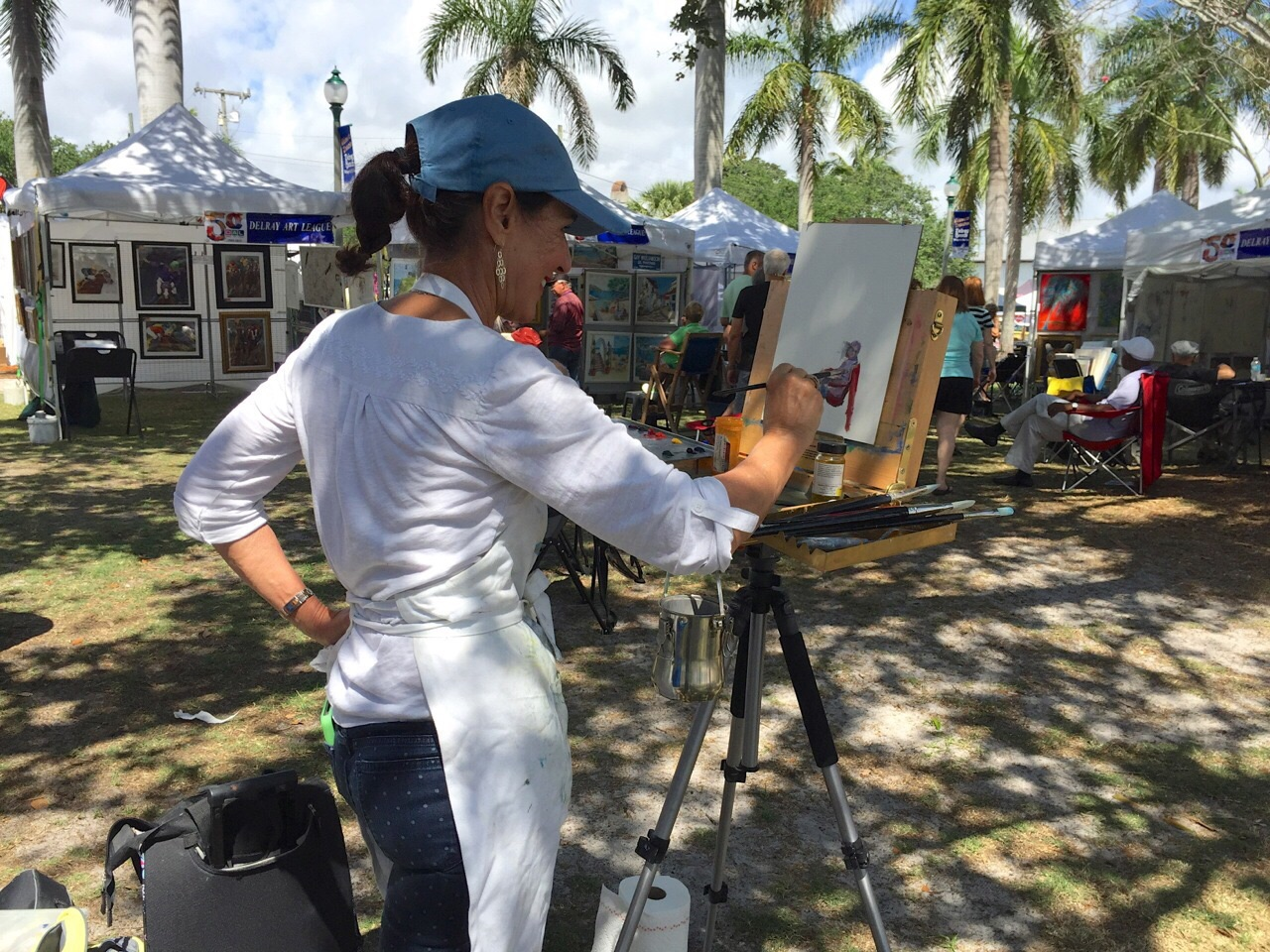 to capturing the action at art fairs......