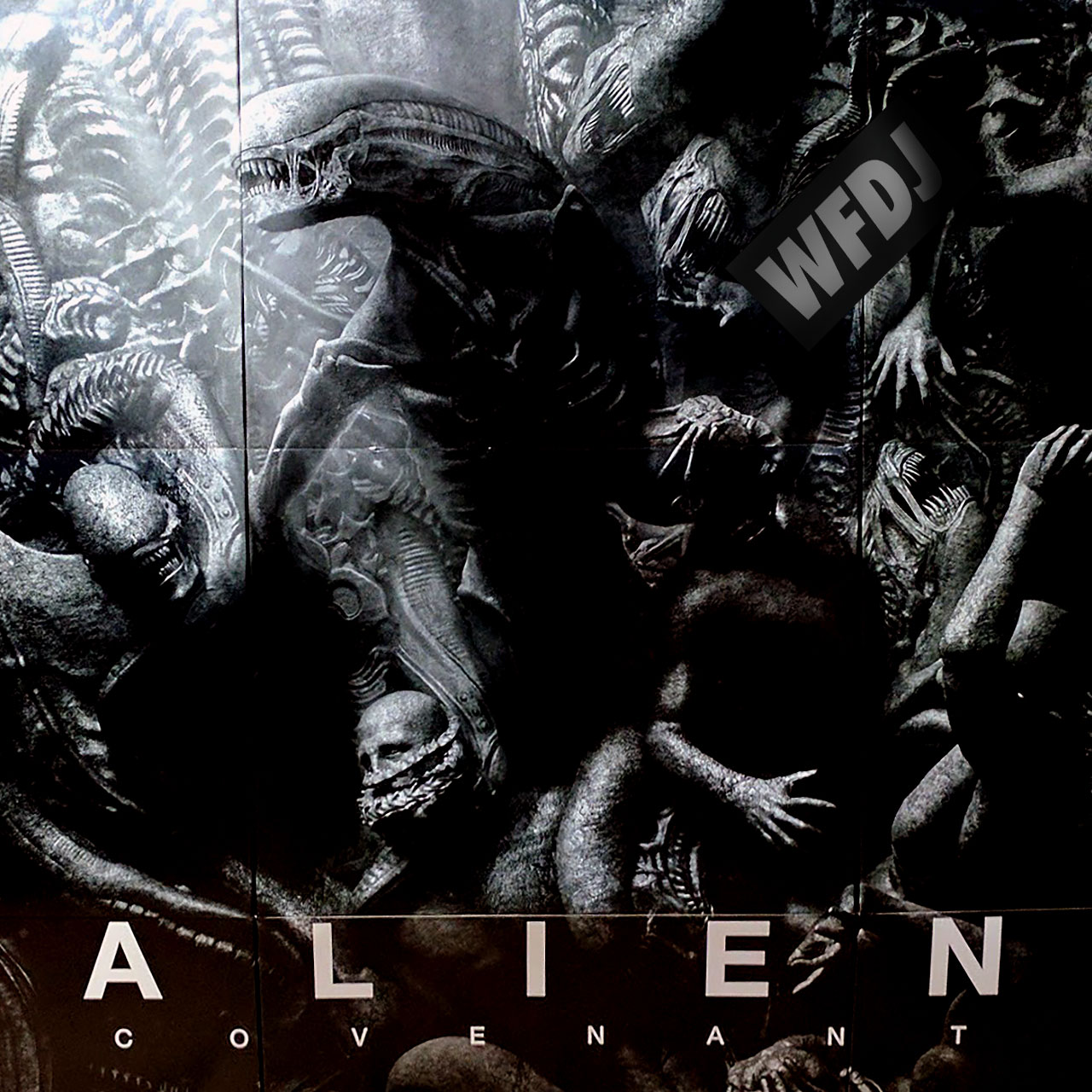 ALIEN Covenant Theater Display