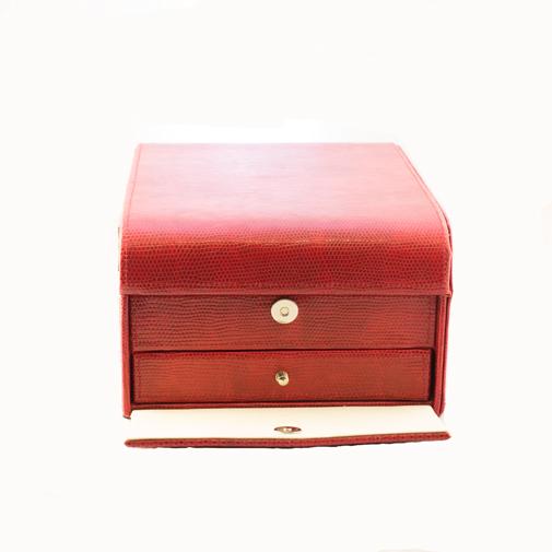 Rote-Box-2.jpg