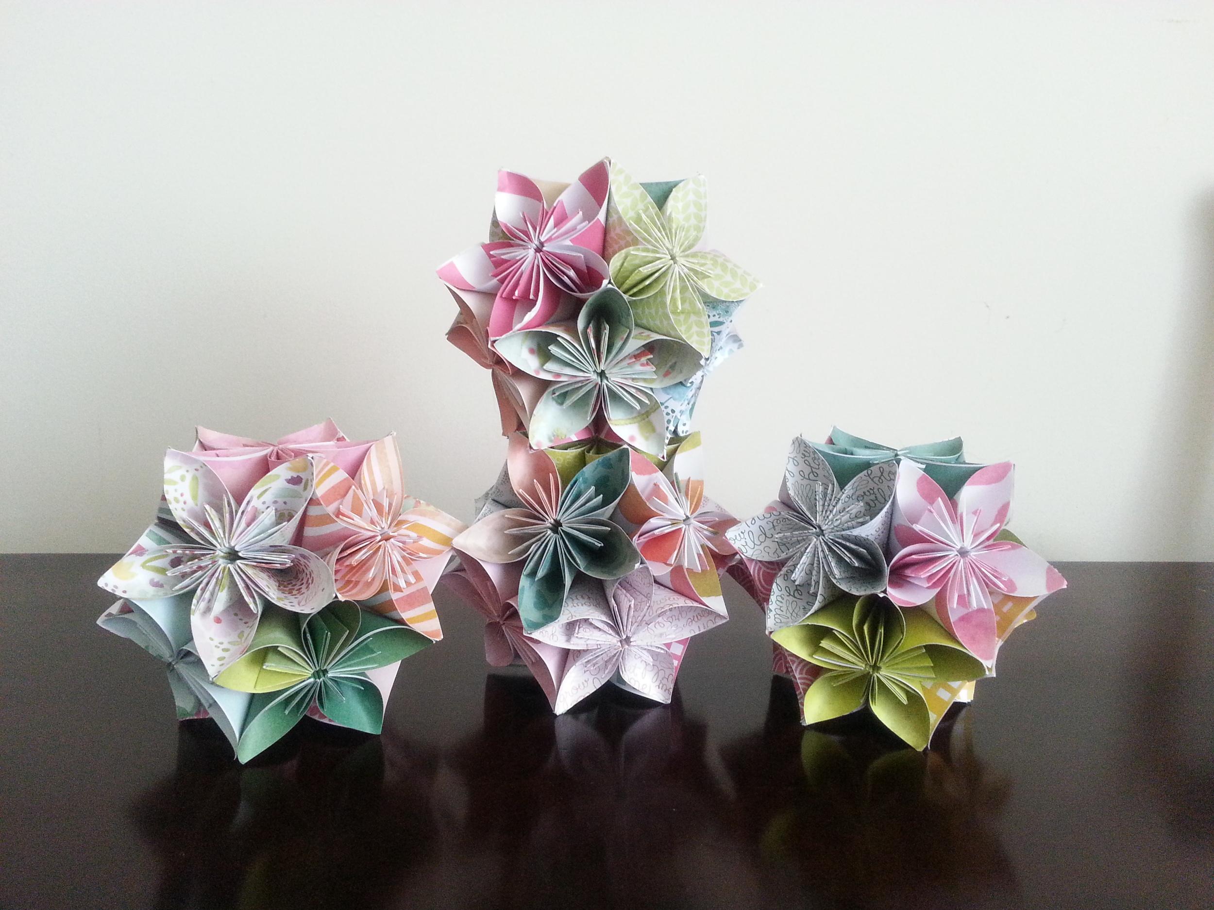 more origami flower balls - stack 'em!