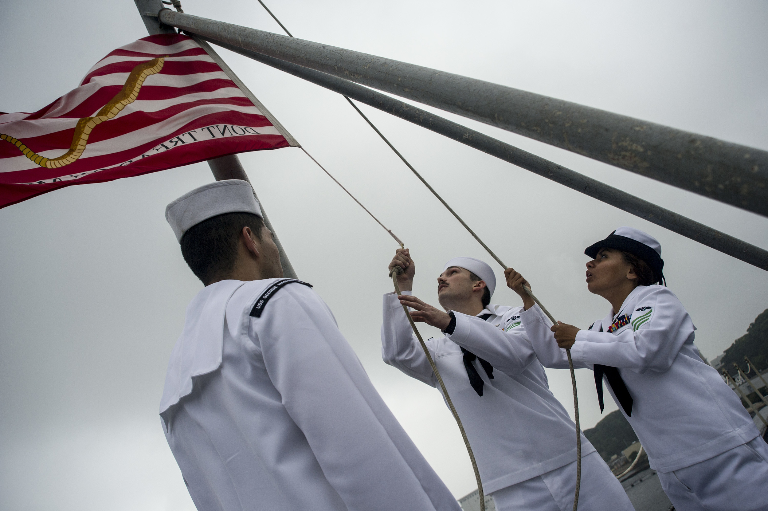navy-flag-raising.jpg