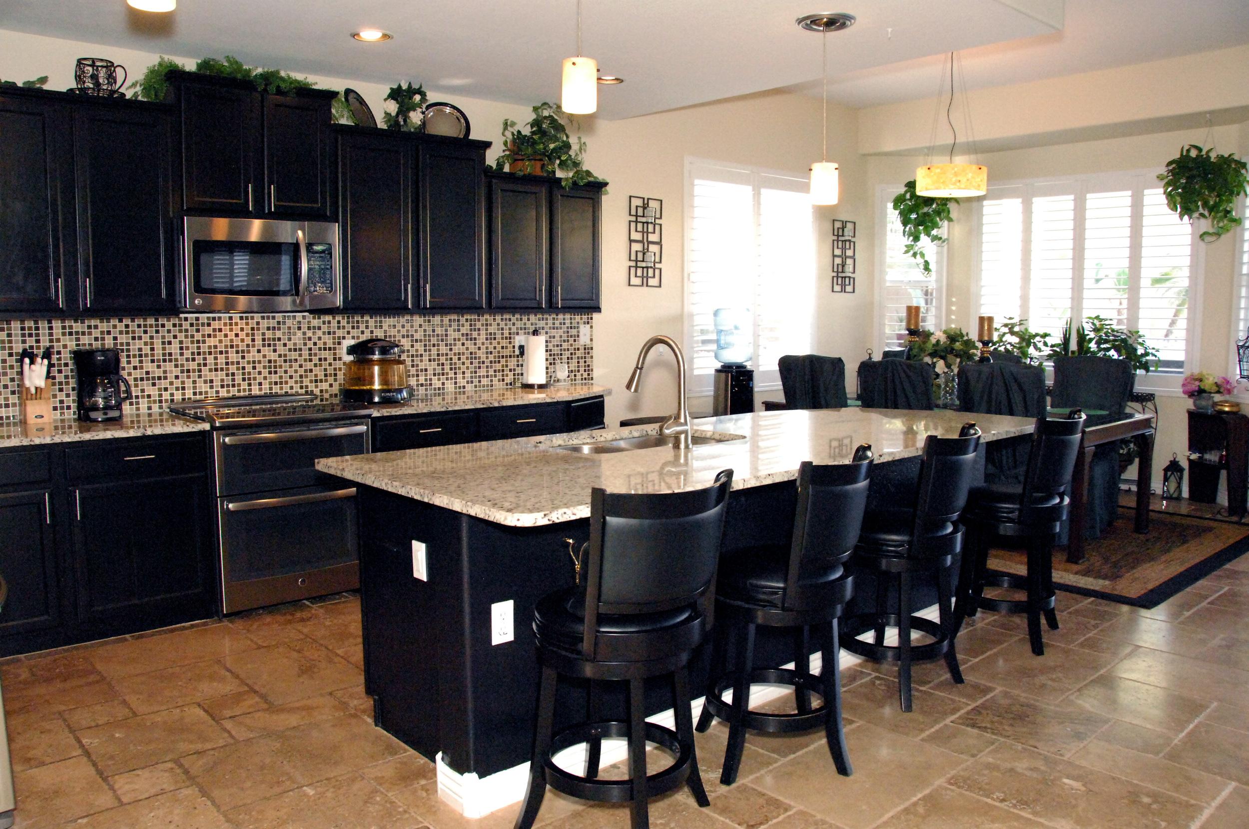 Kitchen photo 1.JPG