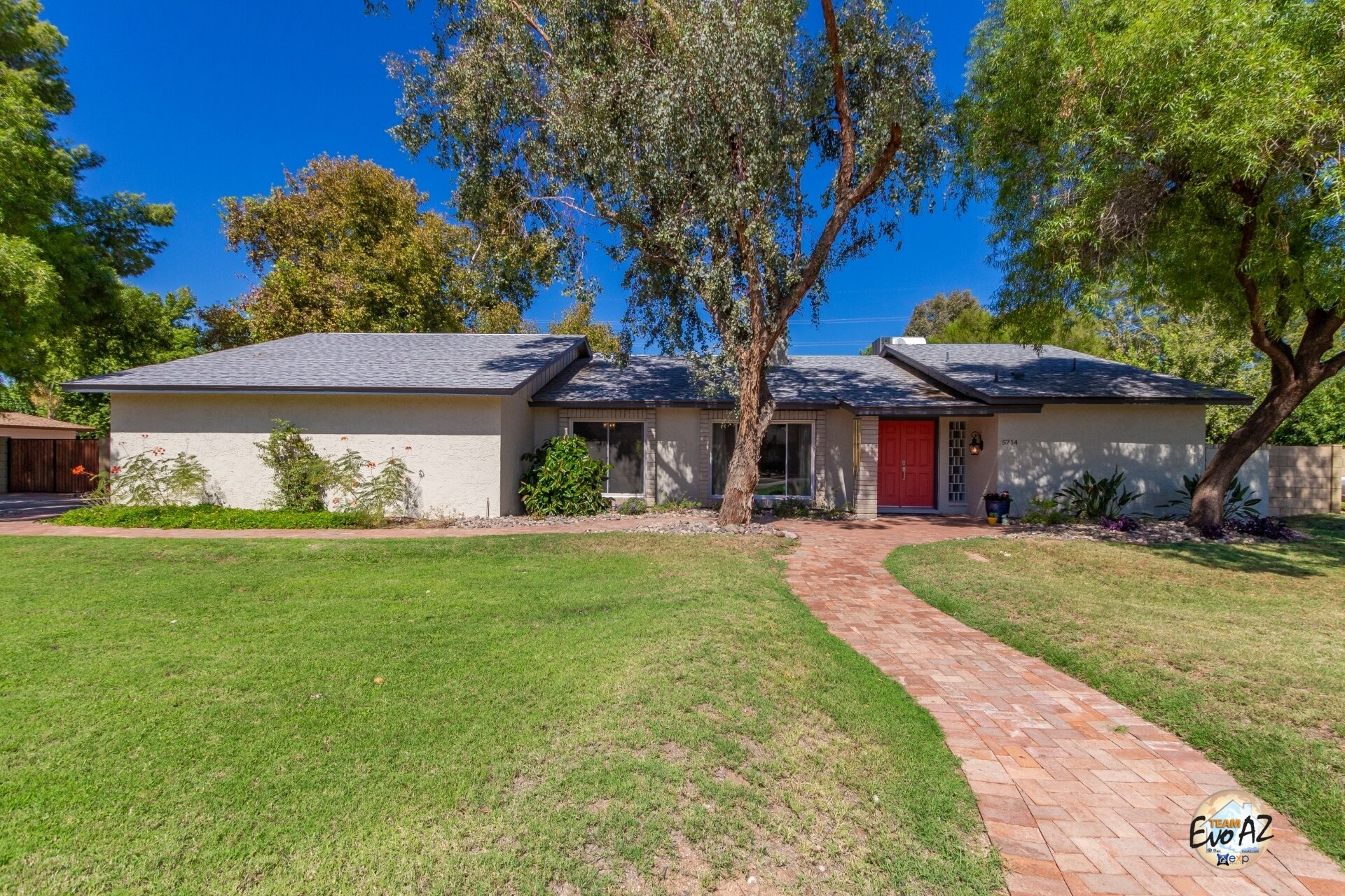 HUGE lot in Wild Horse Ranch - Beautifully Remodeled!