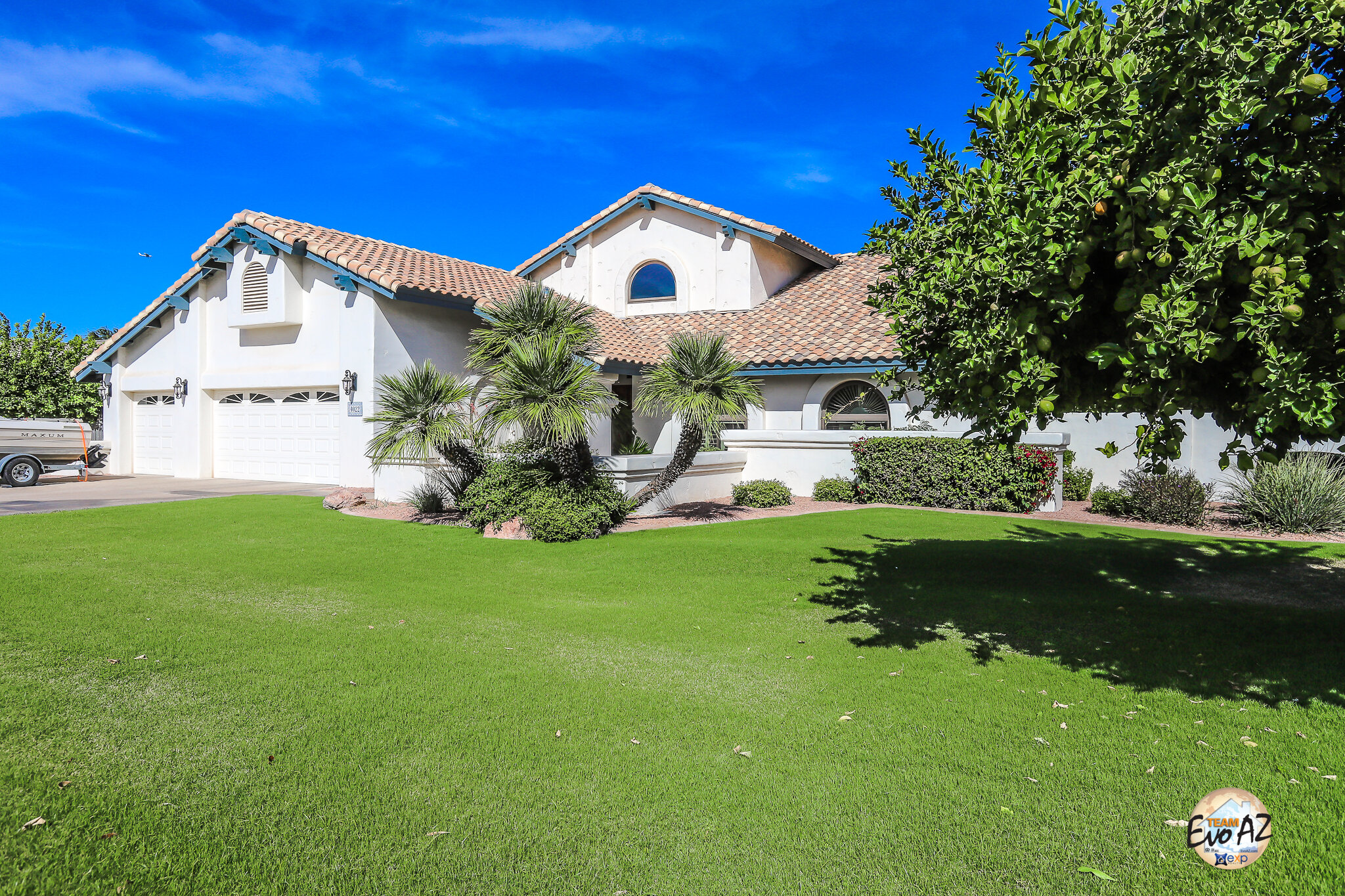 Stunning Custom Home with No HOA - In Estates Groves of Mesa