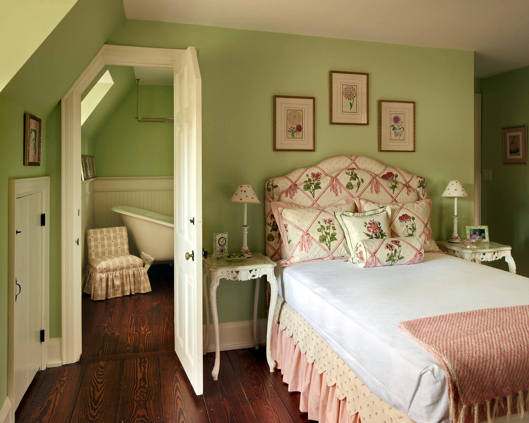 English Cottage by Palley & Southard Designs