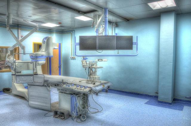operation-theatre-555088_640.jpg