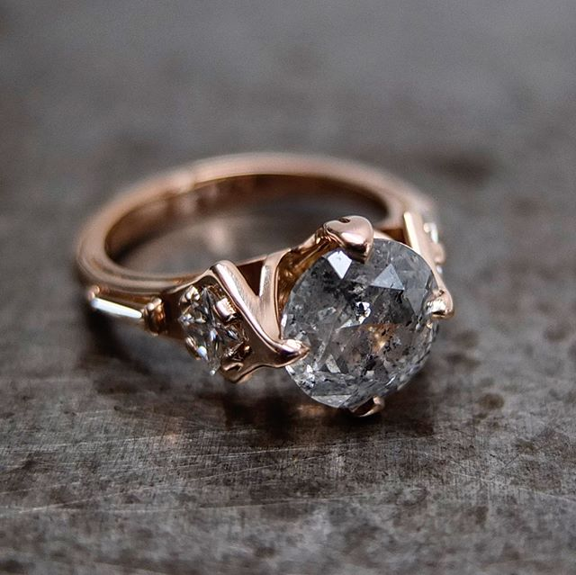 #TBT to #TheRavenRing commission // #rosegold #greydiamonds #gothicarchitecture #inspired #engagementring // DM or email me for commission inquiries.
