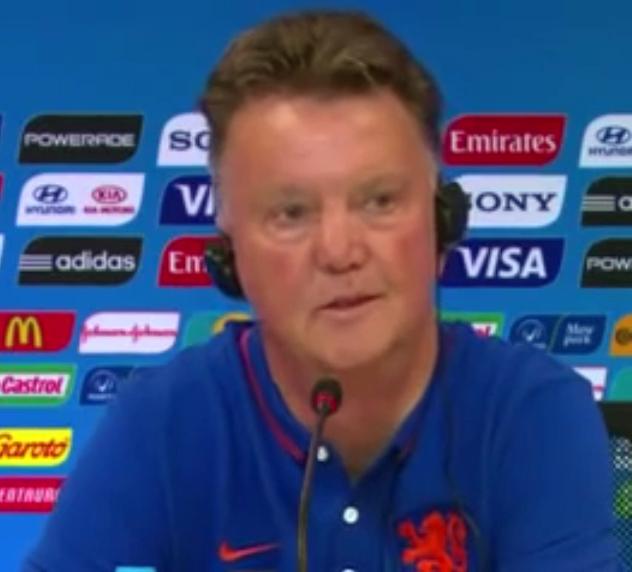 El entrenador de la selección de Holanda, Louis van Gaal, durante una conferencia de prensa en el Mundial Brasil 2014.