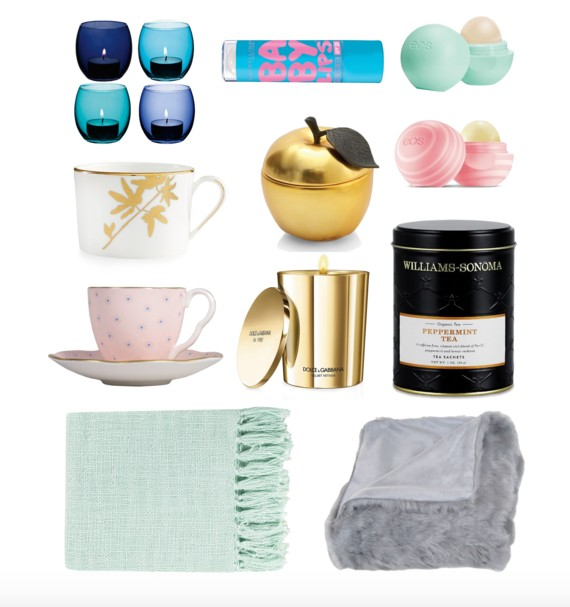 Mint Blanket  ,  Grey Blanket  ,  Peppermint Tea  ,  D&G Candle  ,  Pink Tea Cup  ,  White/Gold Tea Cup  ,  Gold Apple Candle  ,  Coconut Milk Eos ,   Sweet Mint Eos  ,  Baby Lips  ,  Set of Blue Tea Lights
