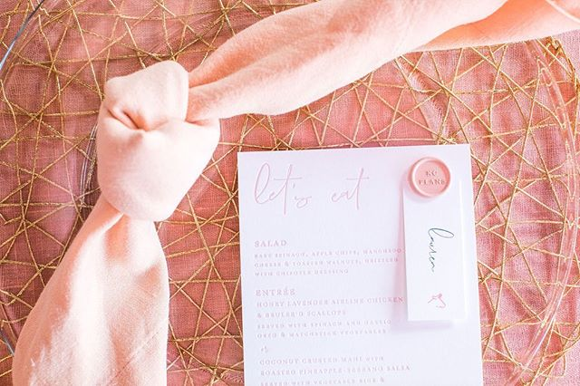 I have so many favorite things when it comes to #kcplans, one of those being how we are going to personalize each planners place setting for that year. While it's a simple detail and serves a purpose, it sure makes you feel special when you sit down.  @heirloomphotocompany  @eventsbyelle  @publicprintco  @ultrapom  @thegalleryeventspace  @supplyevent  Tap for this years full team!
