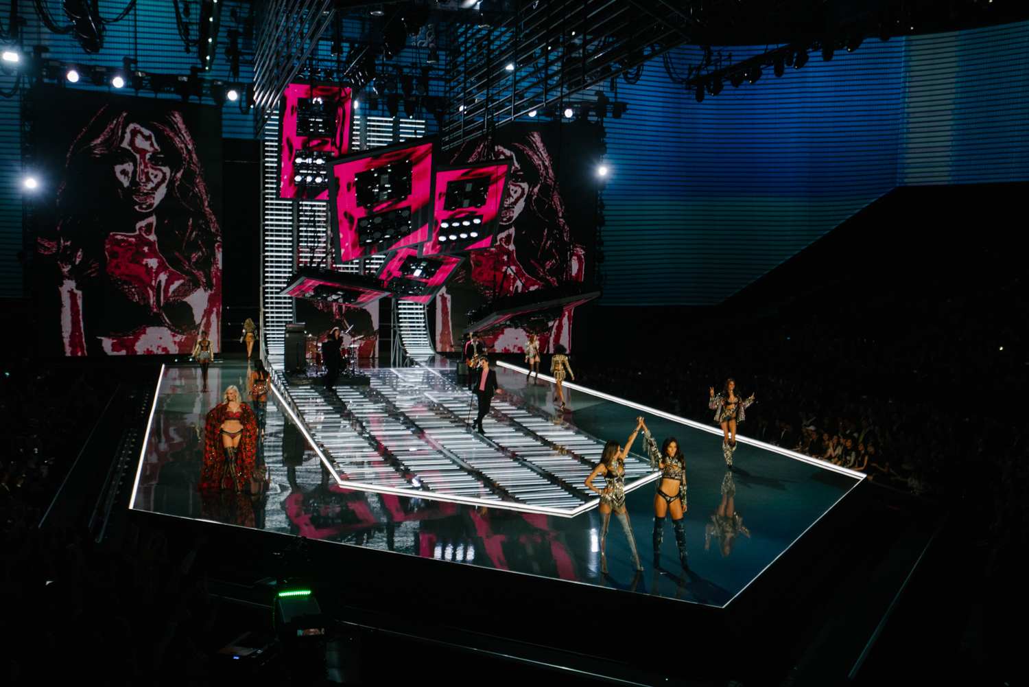 VICTORIA SECRET SHOW_FASHION EVENT_SHANGHAI-04218.jpg