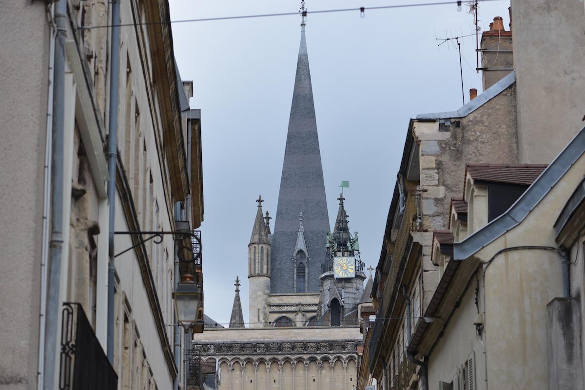 Notre Dame de Dijon and the Jacomot clock